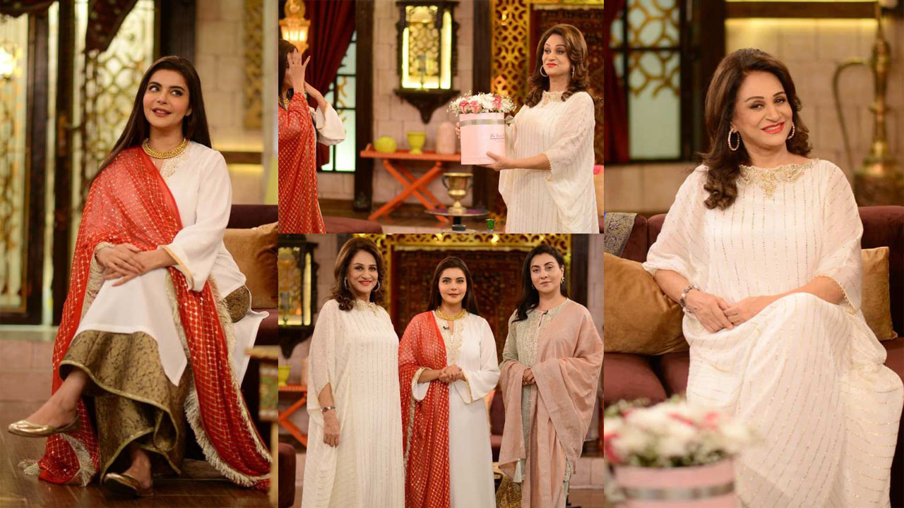 Bushra Ansari at Nida Yasir Show with some Outclass Hair Style