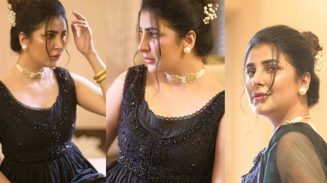 Read more about the article Areeba Habib Wearing Balck Outclass Dressing on Eid Pictures